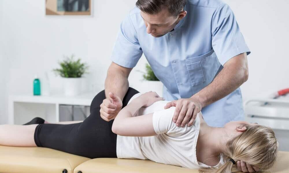 Suffering From Scoliosis? Here Is How Chiropractic Can Help You!